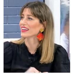 Rocio Lina con pendientes...